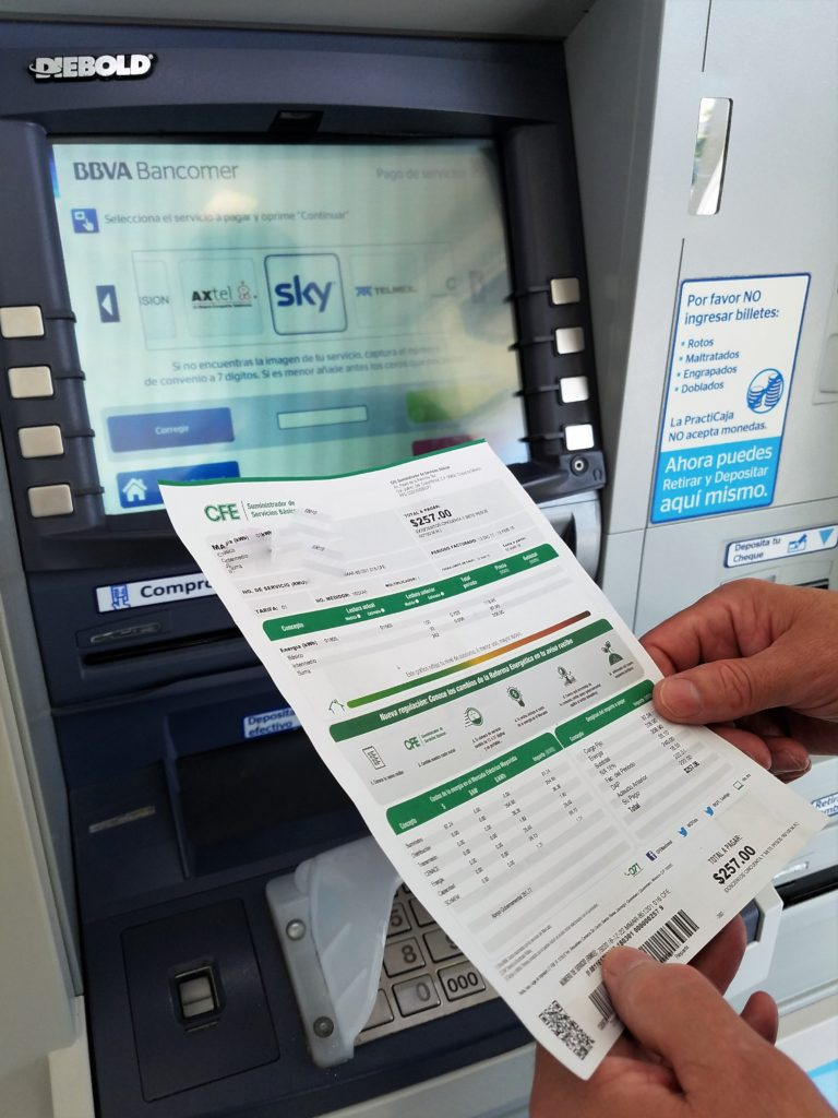 Banking and Paying Bills in Mexico