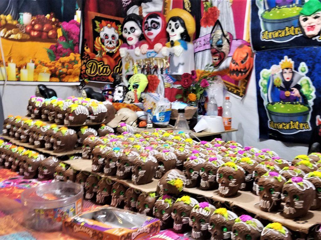 Dia de los Muertos chocolate candy offerings