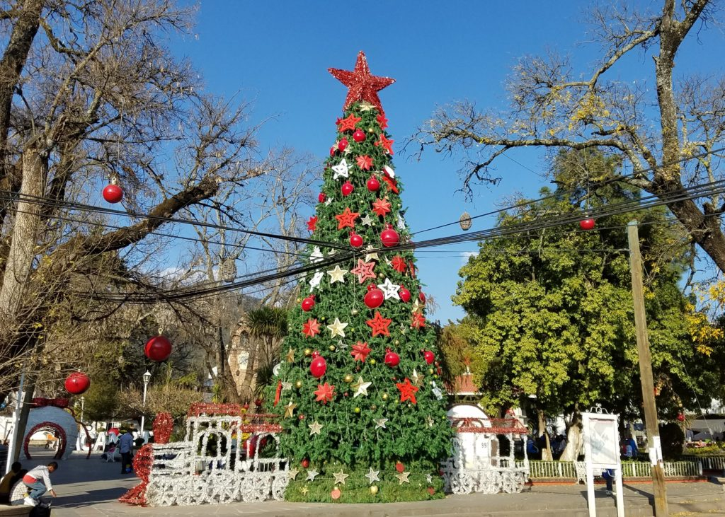 Christmas tree and decorations in the plaza, Acambay