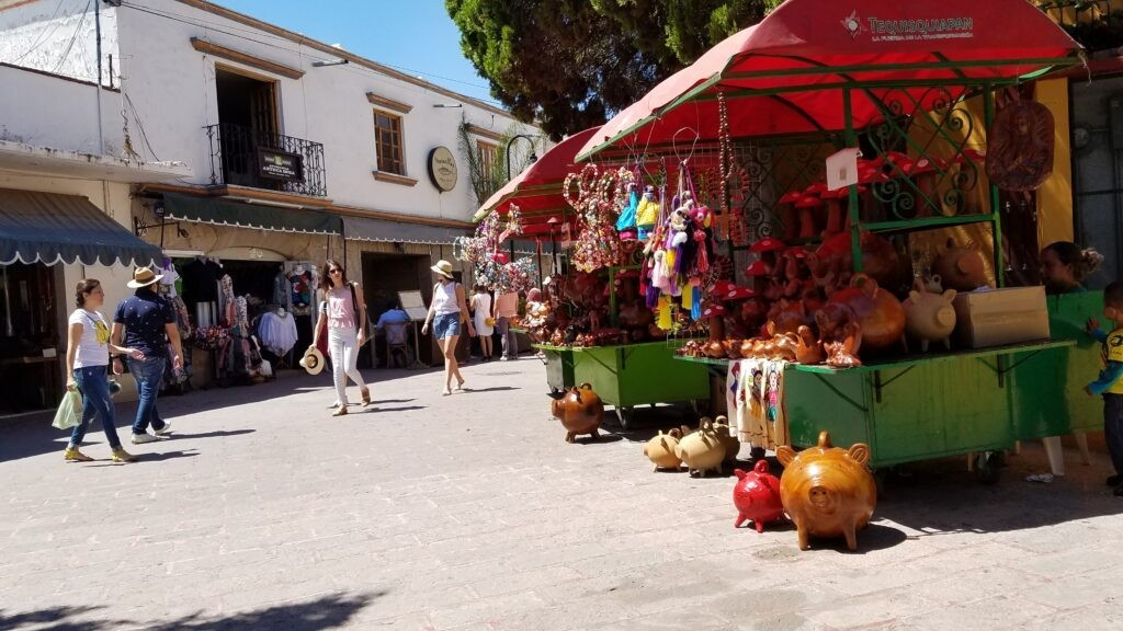 A walking street in Tequisquiapan lined with vendors